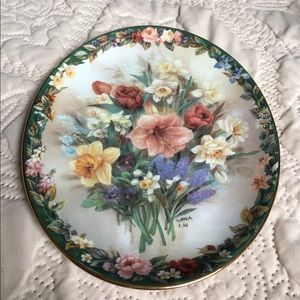 ☘️ Lena Liu Collector Oval Plate 1996☘️